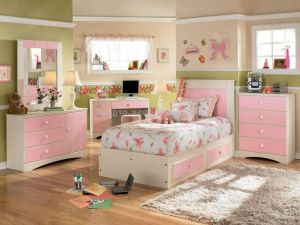Stunning-kids-bedroom-interior-design-with-pink-theme-furniture-set-including-green-paint-wall-decor-als